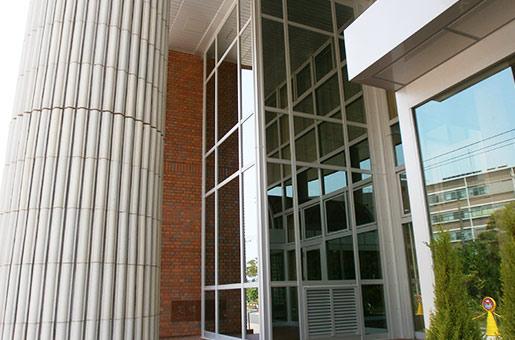 新潟大学医学部 有壬記念館 エレベーター設置工事
