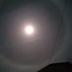 月のまわりの光の輪~神秘的