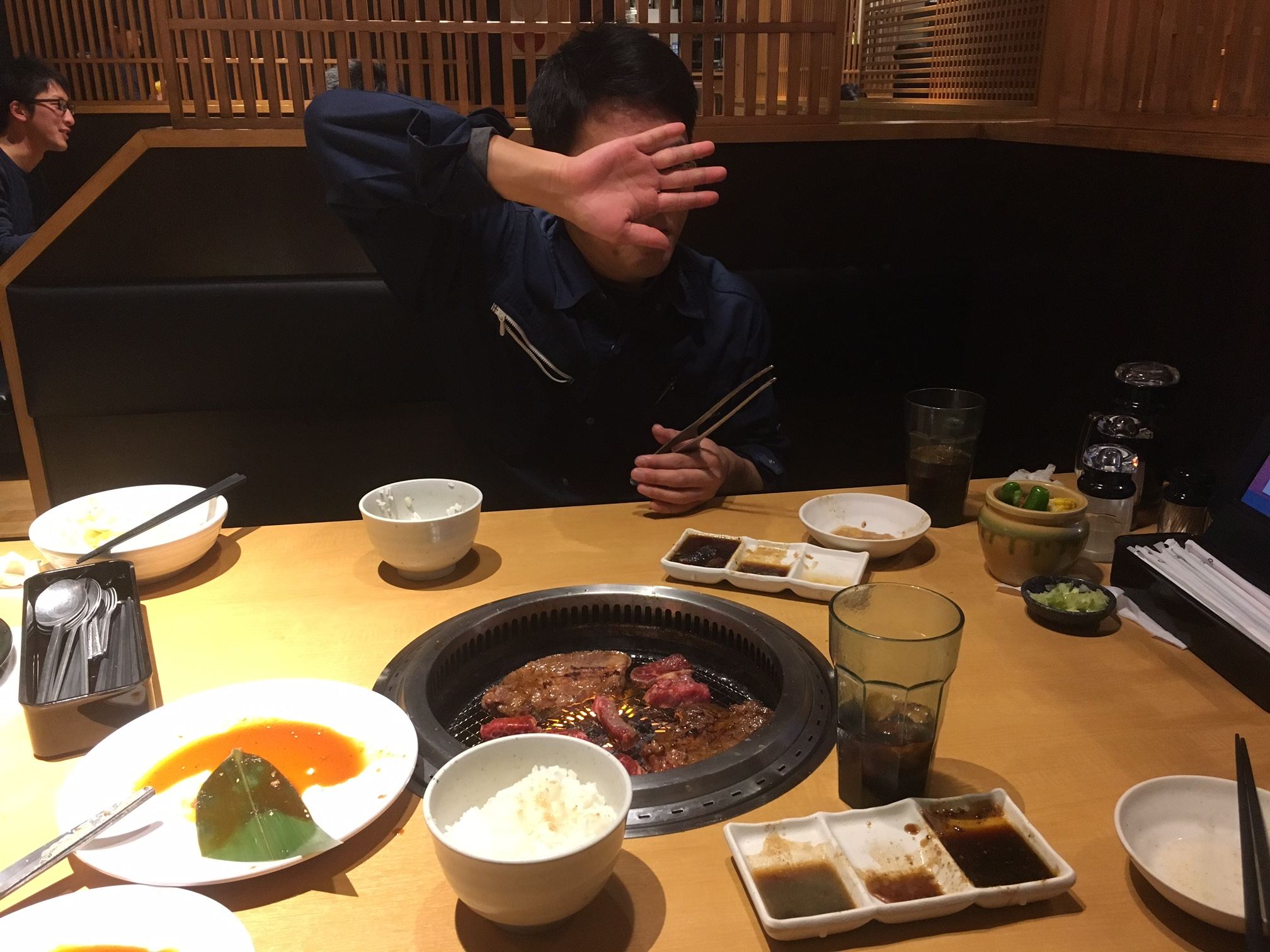 -肉ヲ喰ラヱ-
