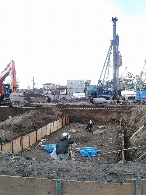 杭工事完了、土工事開始
