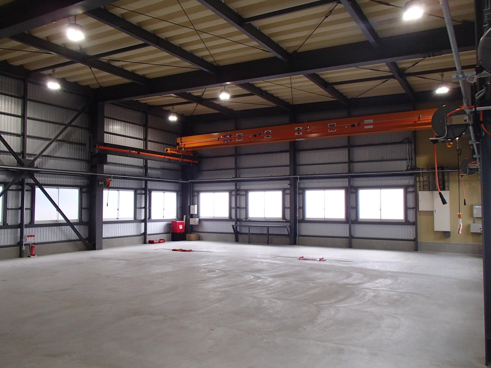 車輌整備工場の新築工事