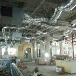 某新築現場1Fの天井裏配管状況