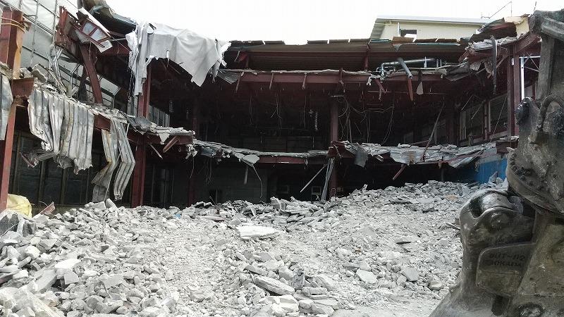 上屋の解体状況